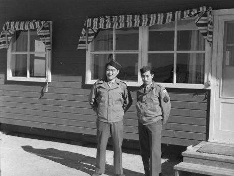 (539513)-two-soldiers-return-to-visit-their-families-in-Topaz-NARA