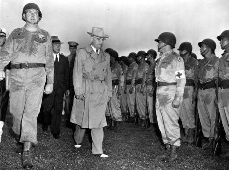 (65-3841) Truman with Nisei soldiers (2)